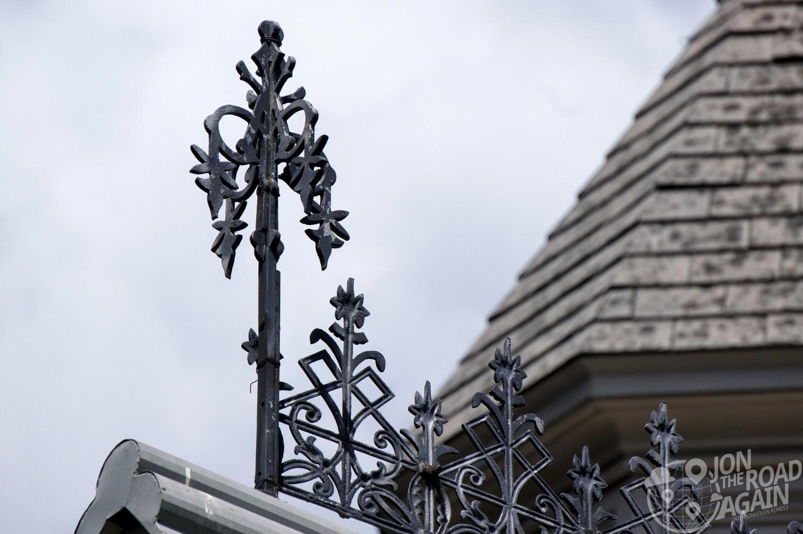 Roofline ornamentation