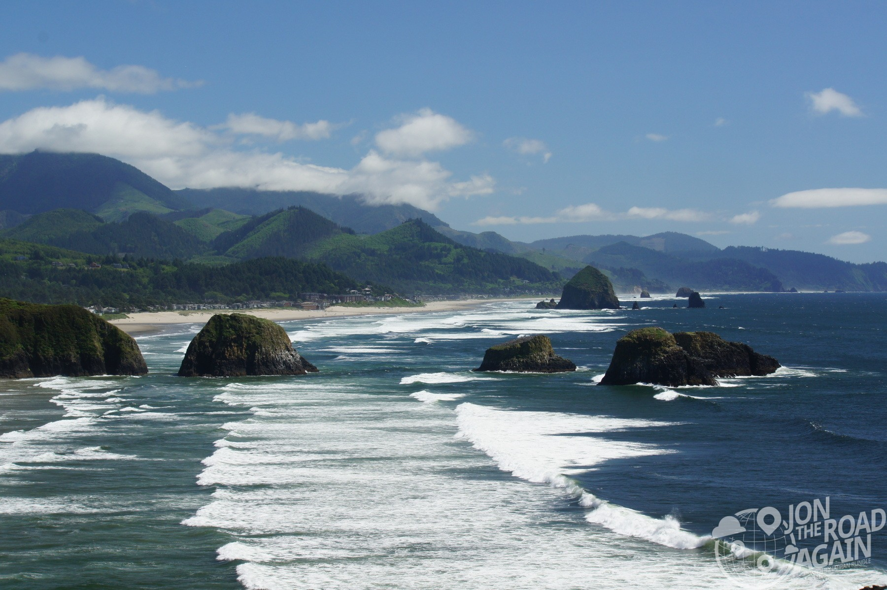 Waves at Cannon Beach