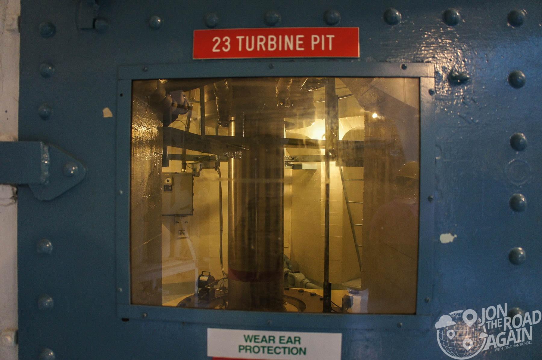 A peek at the turbine shaft