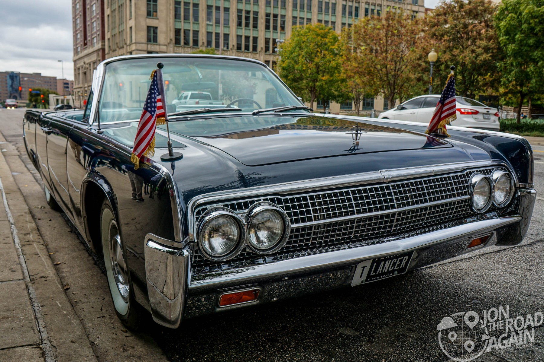 JFK Limo - Lincoln Continental