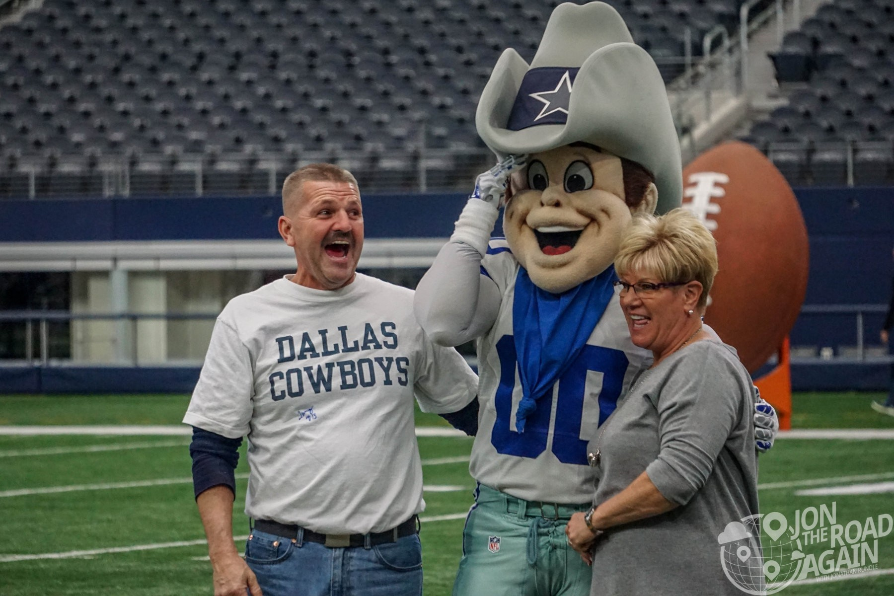 Photo with the Cowboys Mascot