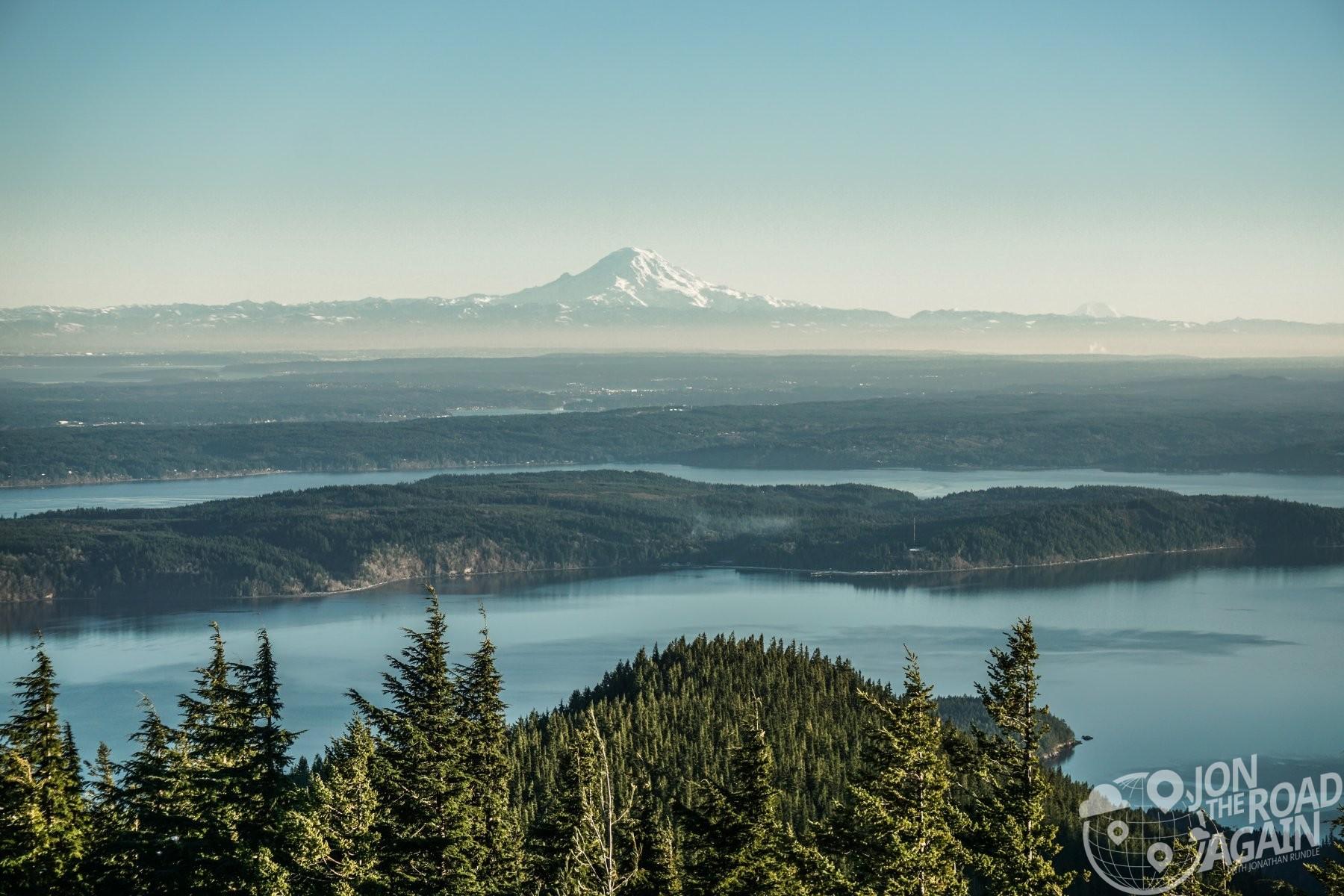 Mount Rainier from Mount Walker