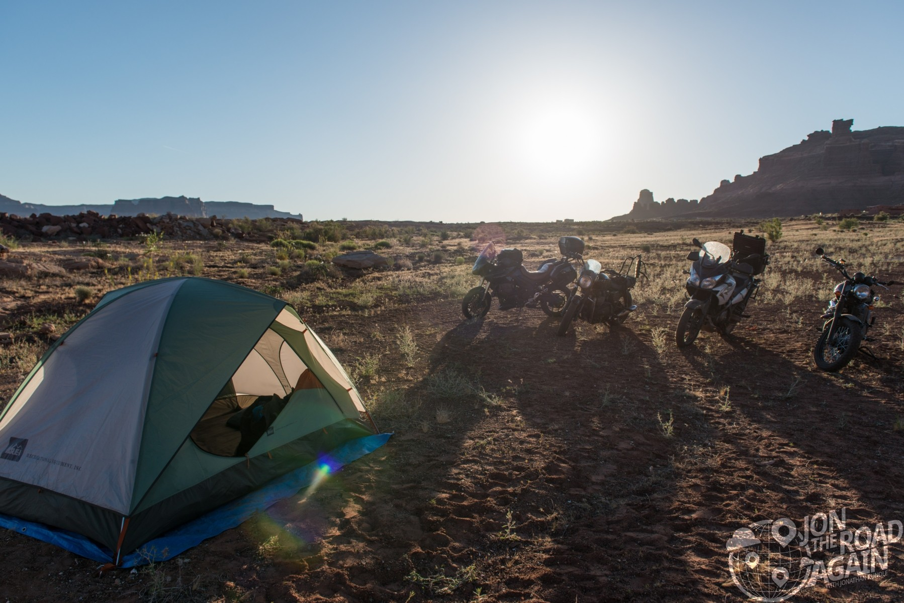 Motocamping morning at lake powell