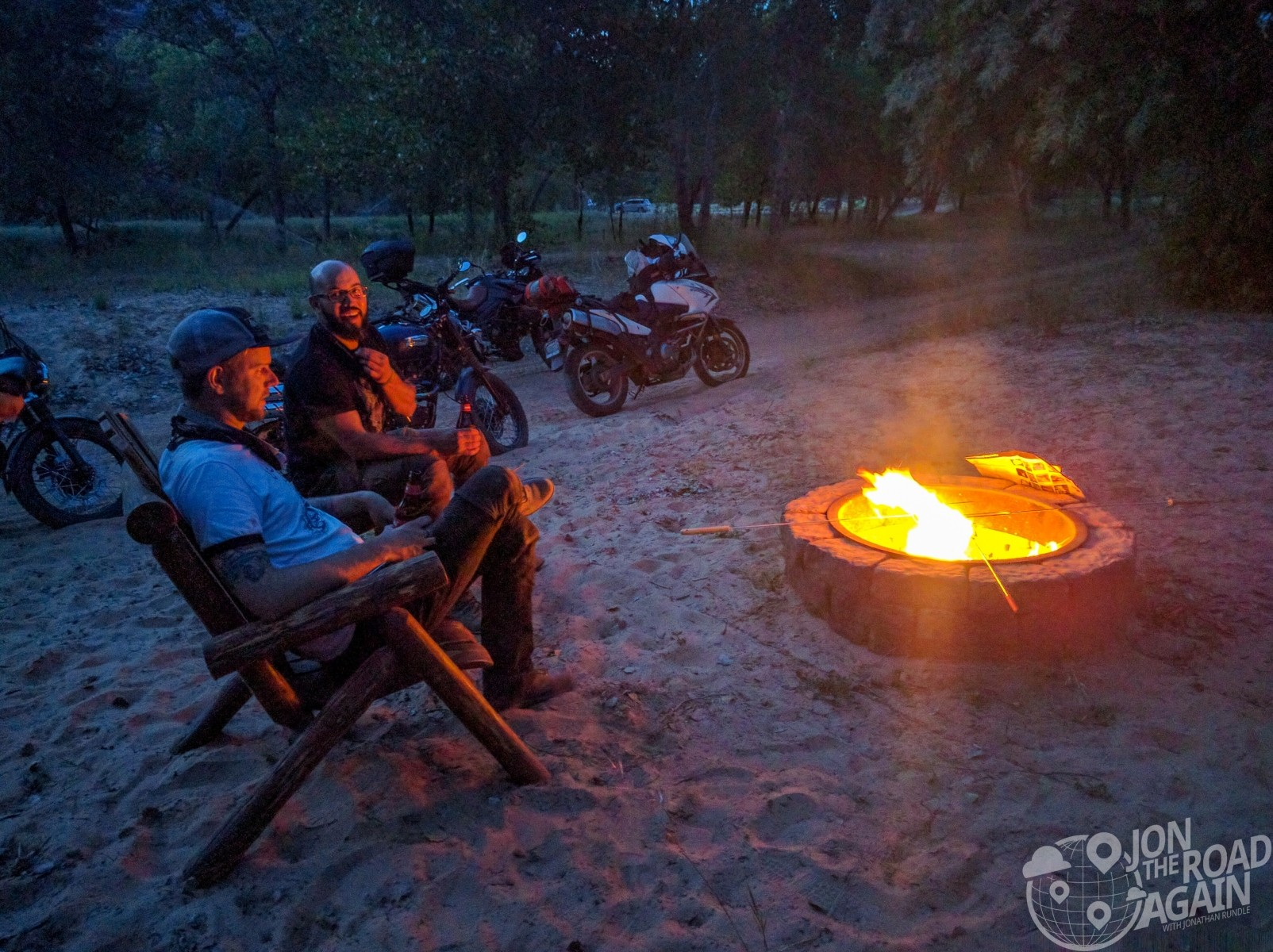 Fire pit and motocamping