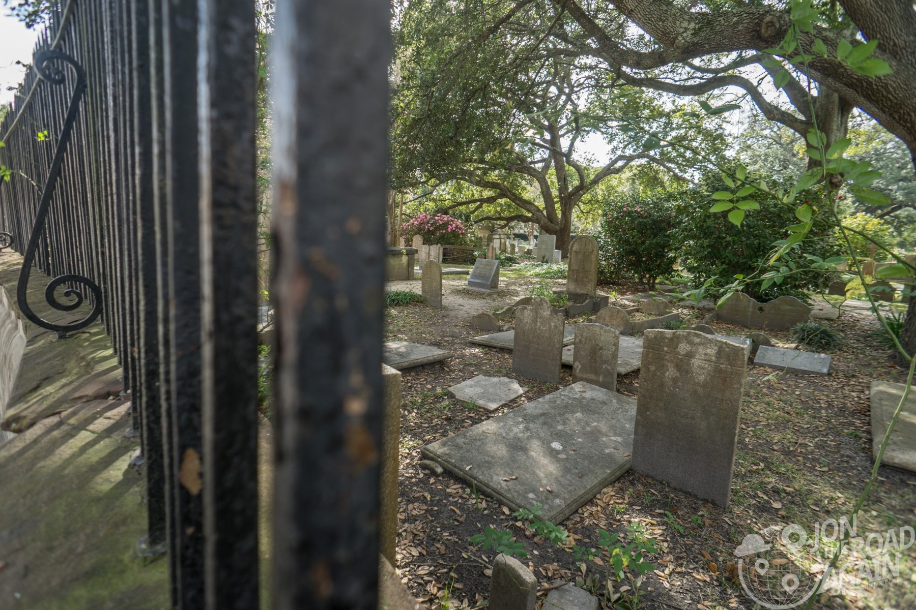 Old graveyard at Circular Congregational Church
