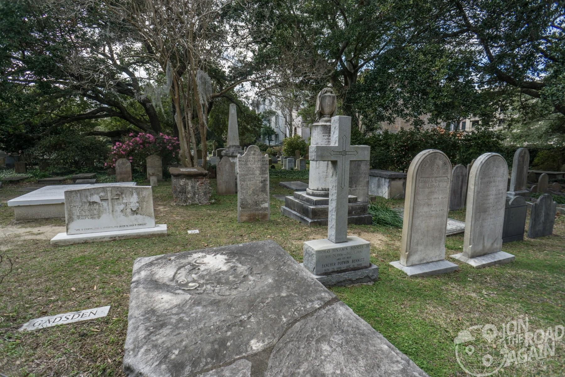 Old graveyard at Circular Congregational Church