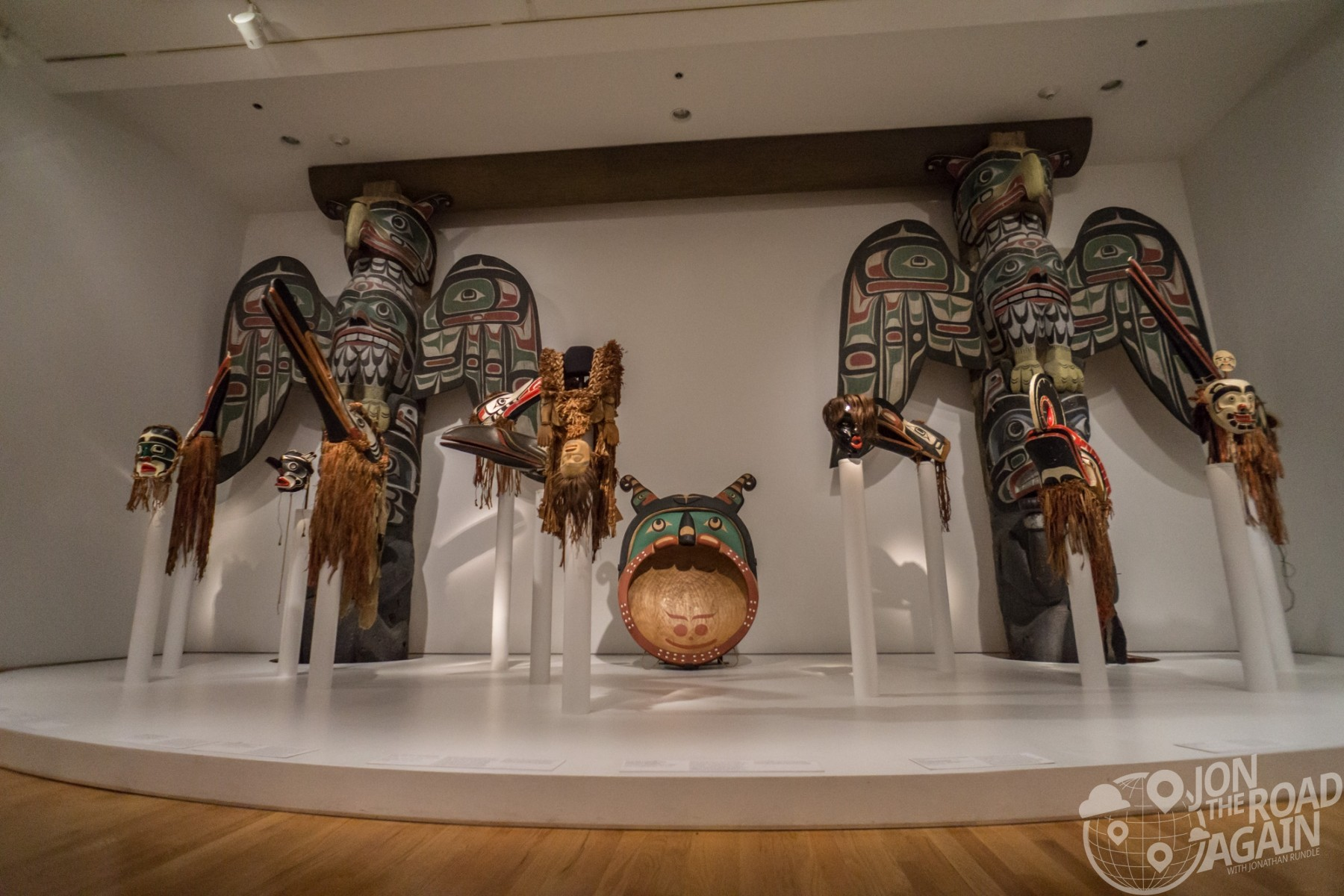Seattle Art Museum, Totem Poles