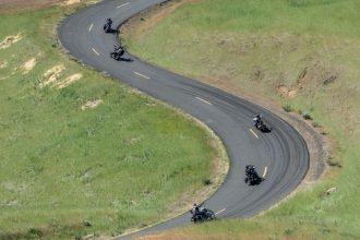 Motorcycles riding Maryhill Loops Road