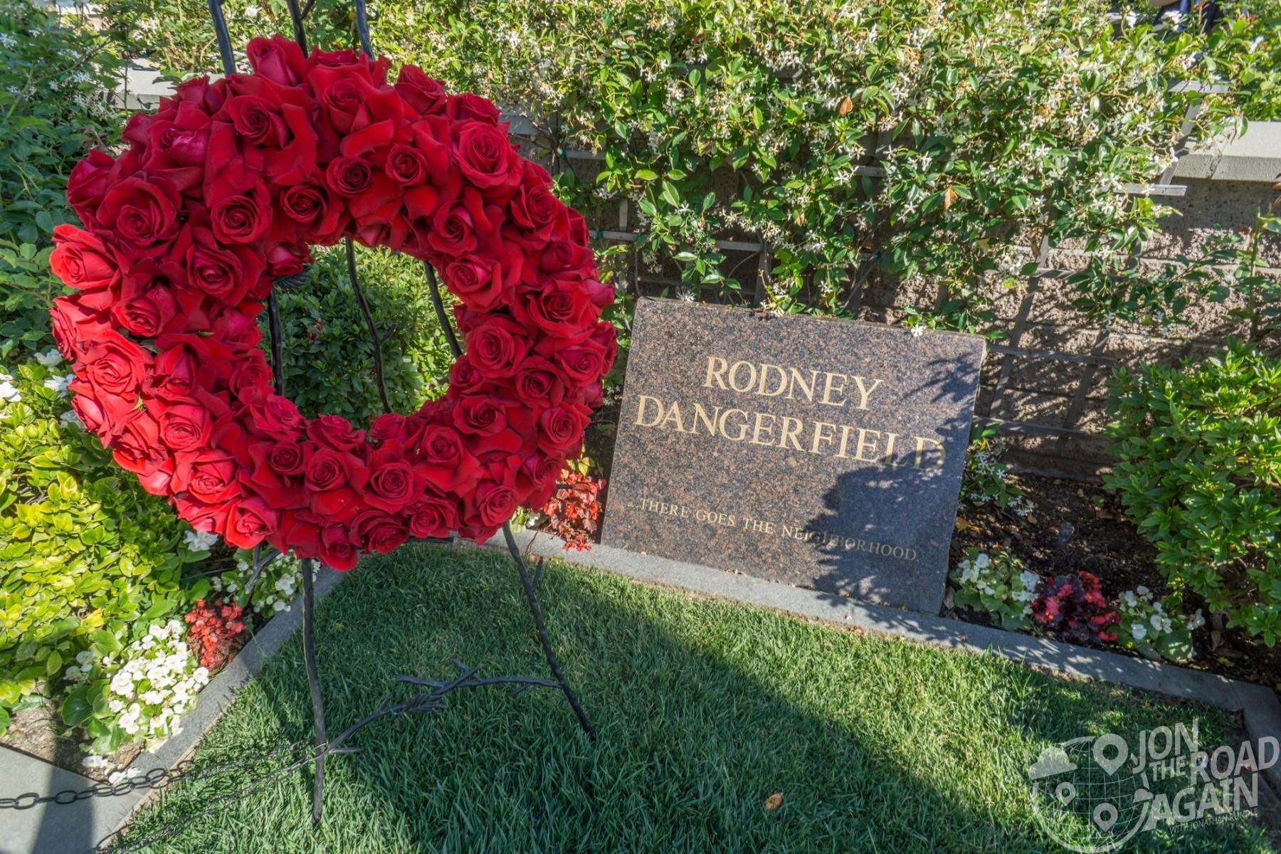Rodney Dangerfield grave