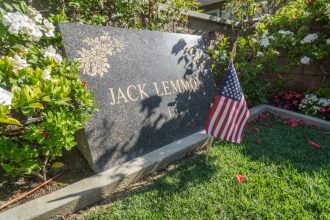 Jack Lemmon grave