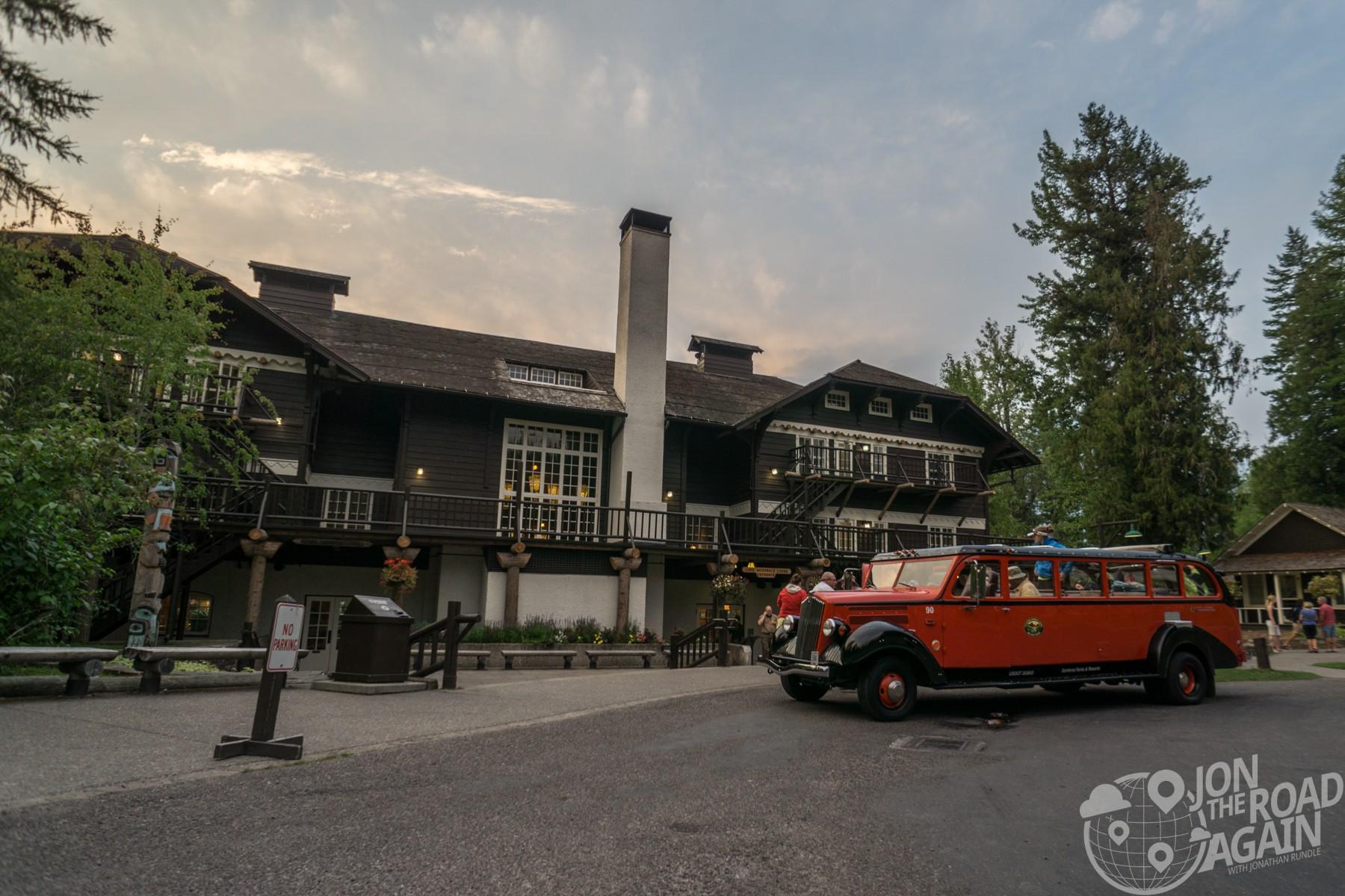 lake mcdonald lodge red bus