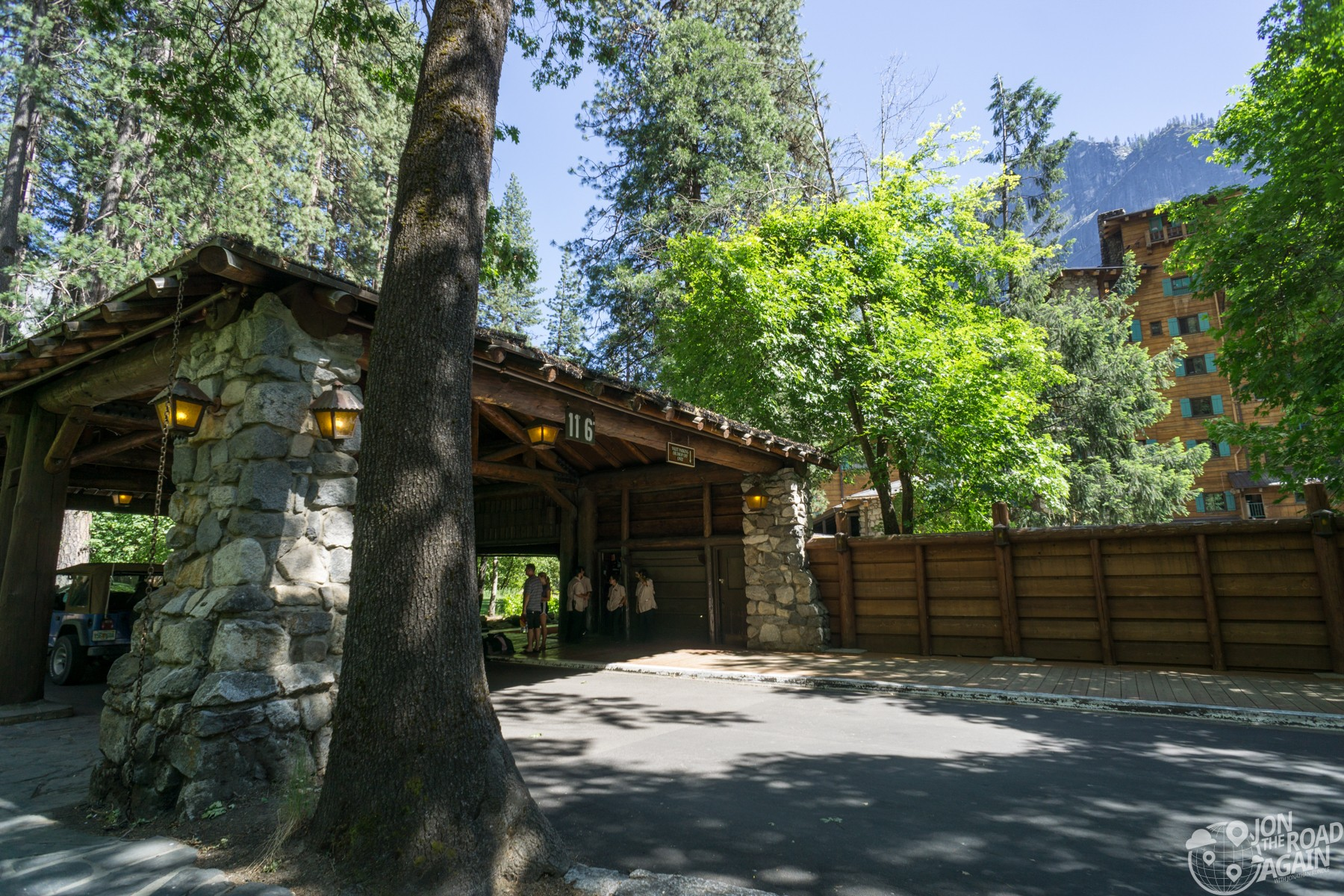 Majestic Yosemite Hotel Entrance