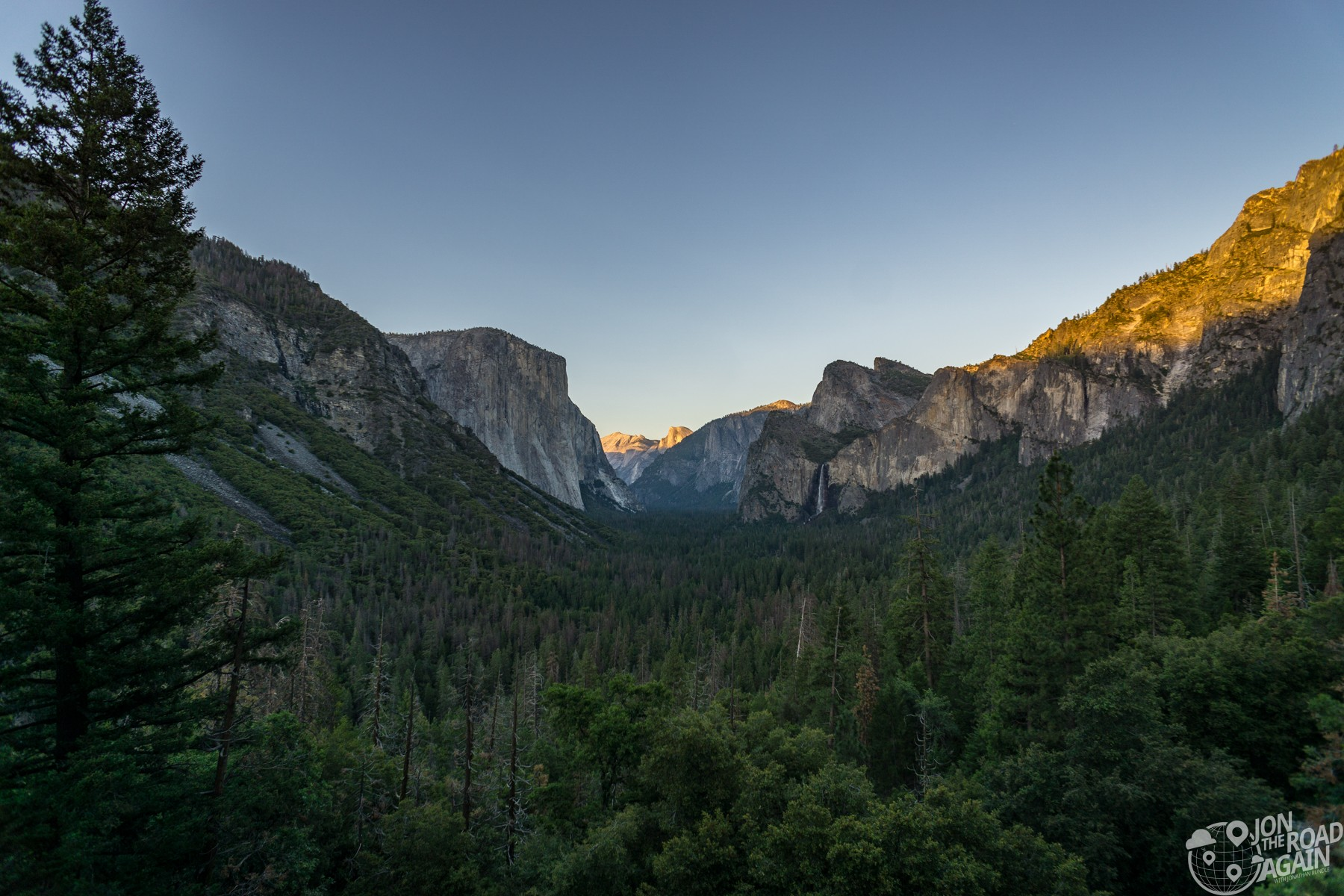 Tunnel View Overlook Yosemite Sunset