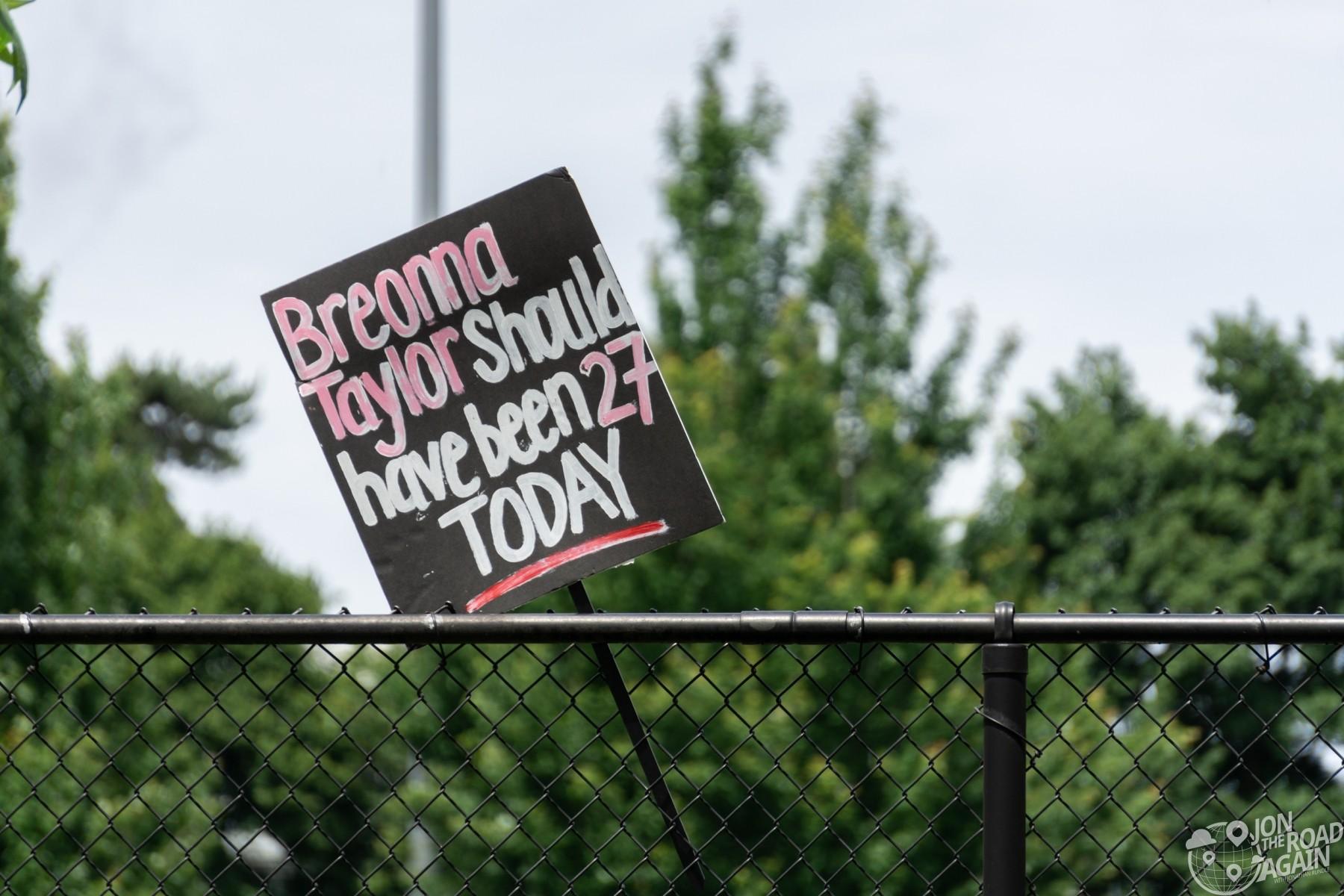 BLM Breonna Taylor Sign