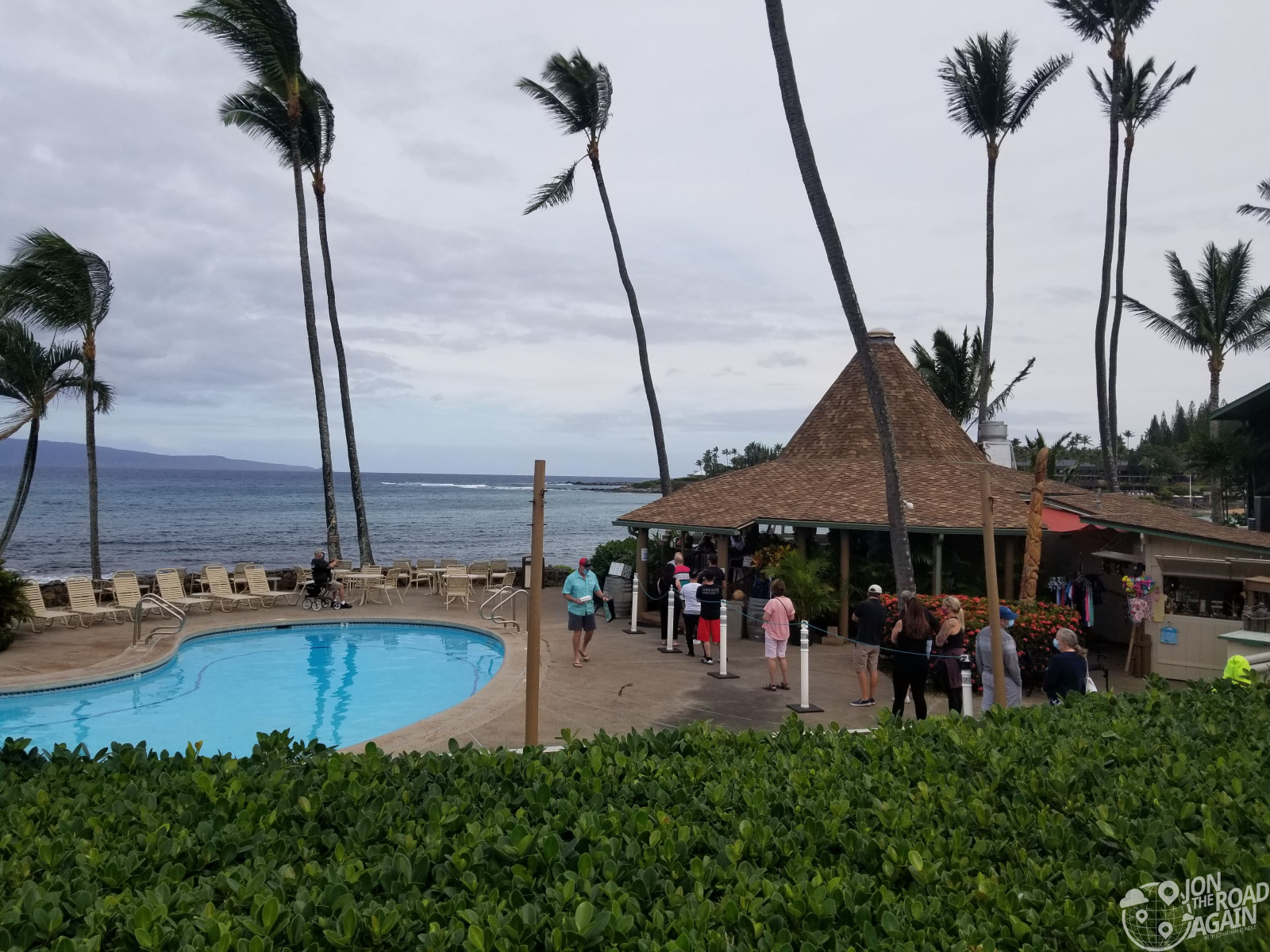 Eating out in Maui during COVID