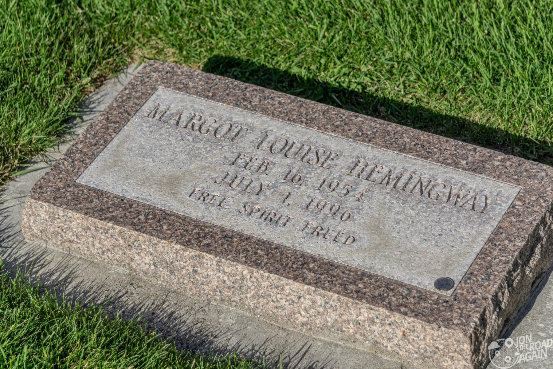 Margot Hemingway gravestone